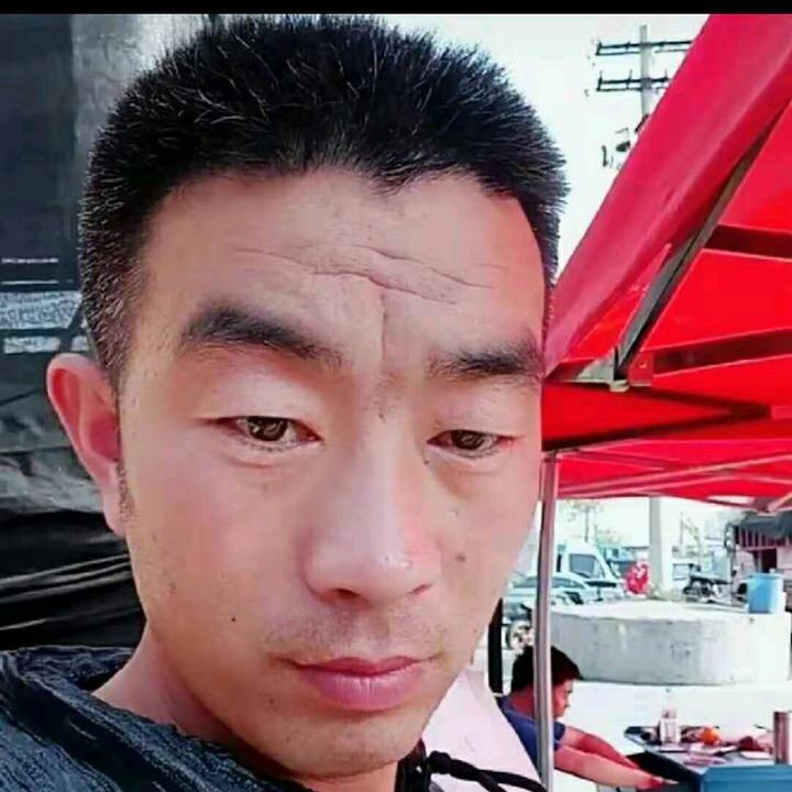 河北沧州开卡车的宝哥